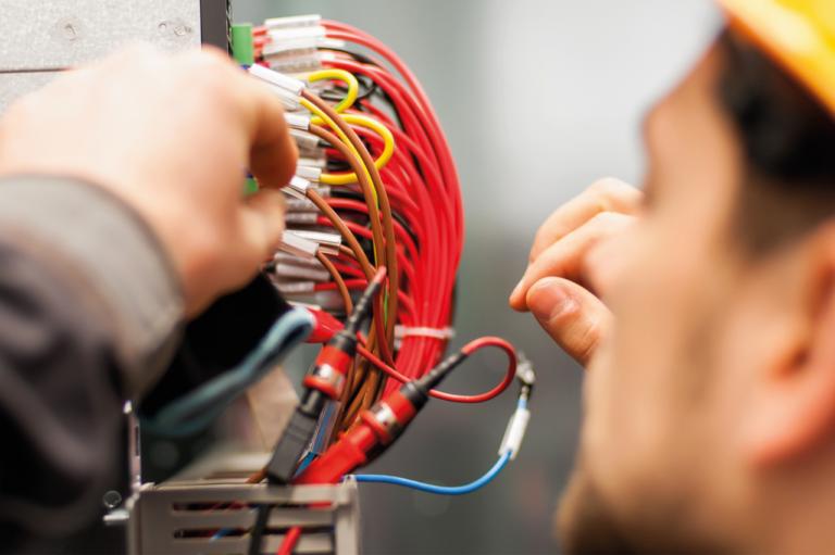 Gloning Krantechnik Job Elektroniker in Fachrichtung Anlagentechnik Betriebstechnik